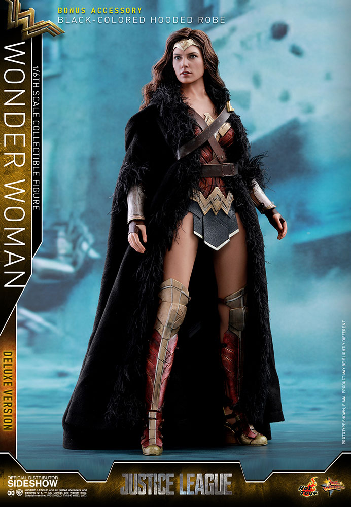 Justice League - Wonder Woman Deluxe Version Movie Masterpiece
