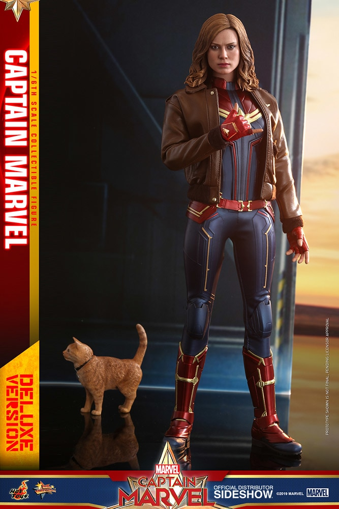 Captain Marvel - Captain Marvel Deluxe Ver. Movie Masterpiece