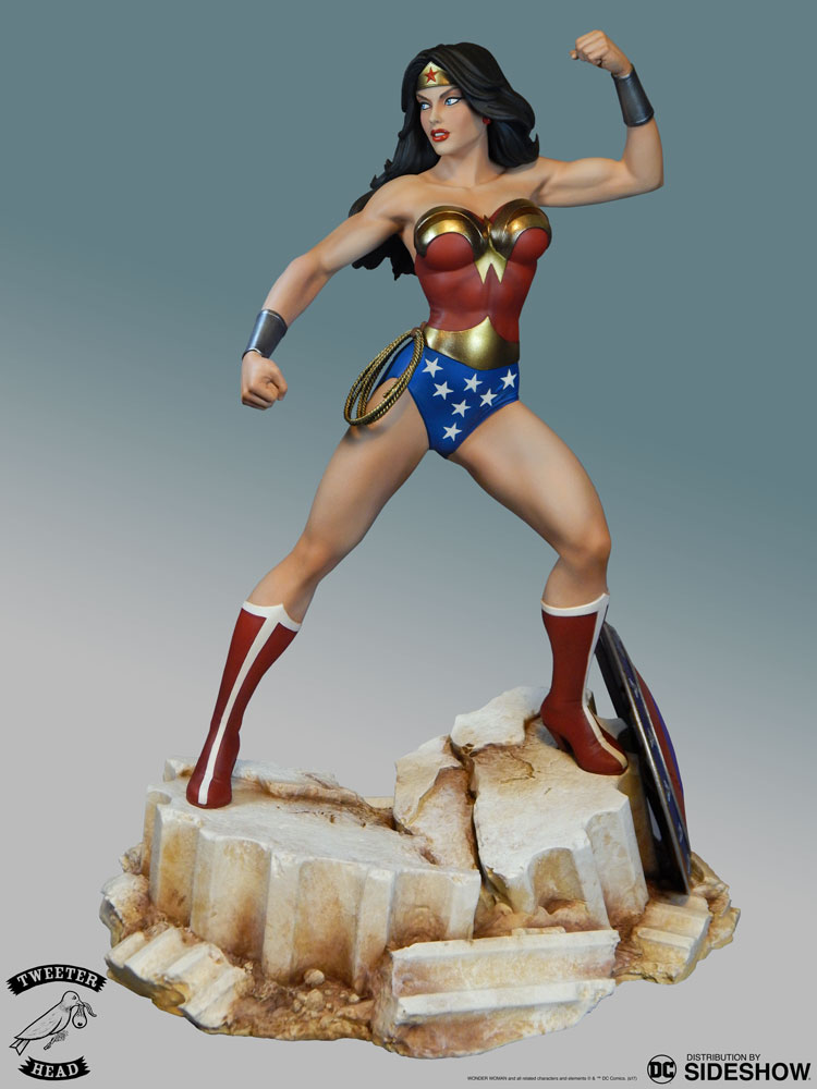 [Pre-Order] Super Powers Wonder Woman Maquette - Click Image to Close